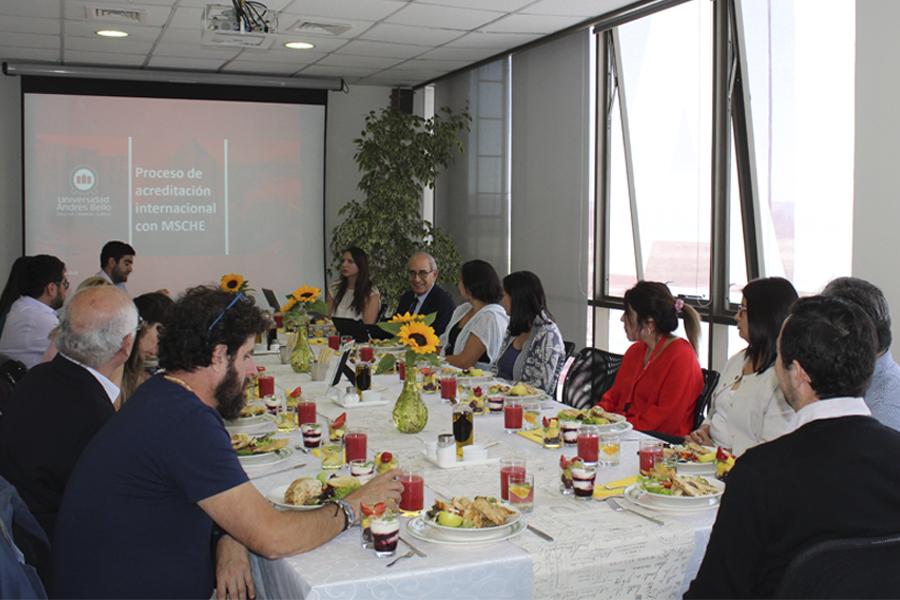 Reuniones con académicos adjuntos UNAB para la socialización del autoestudio en Sede Concepción.