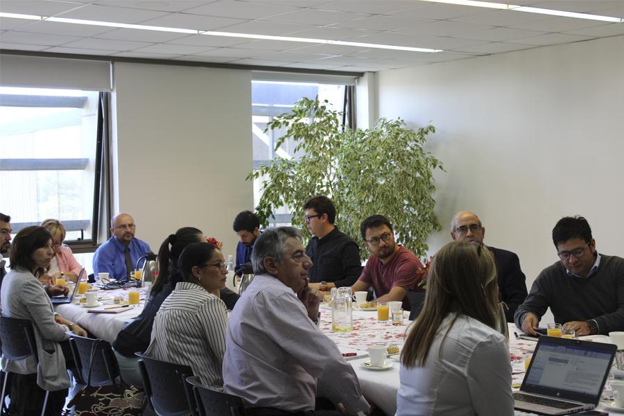 Reuniones con académicos UNAB  para la socialización del autoestudio en Sede Concepción.