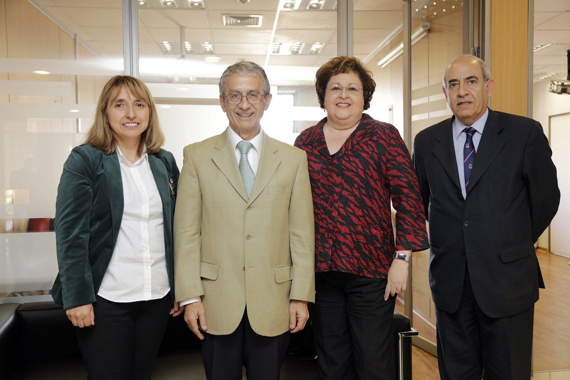 visita-doctora-idna-corbett-acreditacion-internacional-4-unab